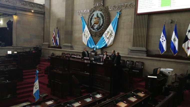 La bancada oficialista busca retener por segundo año consecutivo la Directiva del Congreso, renovando la presidencia de Álvaro Arzú Escobar. (Foto Prensa Libre: Erick Ávila)