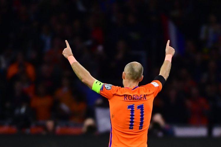 El experimentado jugador anunció su retiro de la Selección, tras no lograr el boleto a Rusia. (Foto Prensa Libre. AFP).