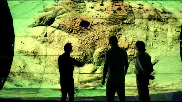 Las imágenes LiDAR sorprendieron a los investigadores que previamente habían subestimado el tamaño de la población y la complejidad de la civilización maya. Foto: Wild Blue Media/Channel 4/National Geographic