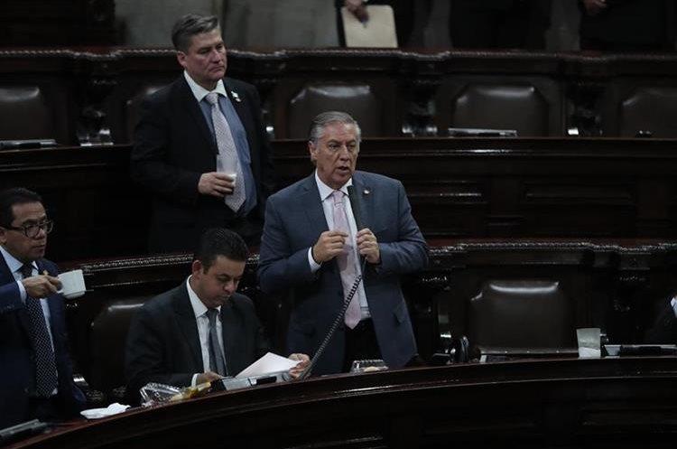 El diputado Luis Fernando Montenegro, renunció a su curul en el Congreso y no descartó ser candidato a un puesto de elección popular en el próximo proceso electoral. (Foto Prensa Libre: Hemeroteca PL)