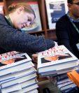 En algunas librerías ya se agotó el libro. (Foto Prensa Libre: EFE)