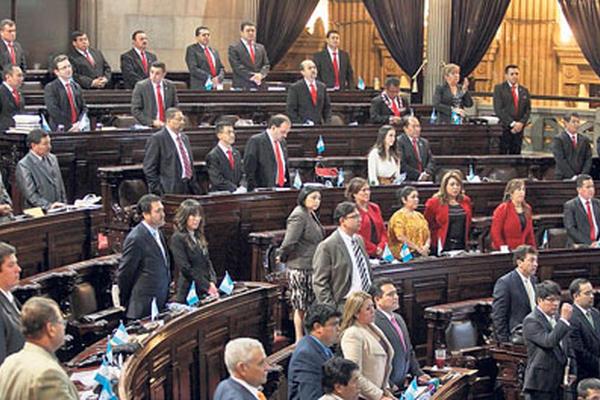 Diputados oficialistas y opositores, principalmente de Líder, votaron juntos para elegir ayer a los magistrados de las salas de Apelaciones.
