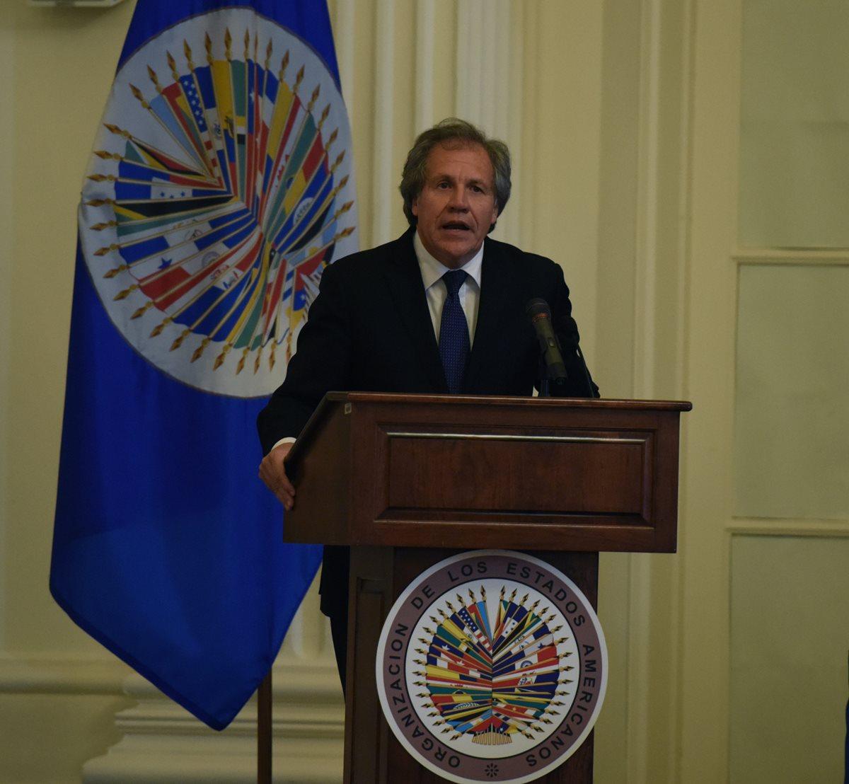 Secretario OEA se reúne con Otto Pérez Molina