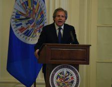 El secretario general de la Organización de Estados Americanos, Luis Almagro, se reúne este jueves con el Otto Pérez Molina. (Foto Prensa Libre: EFE )