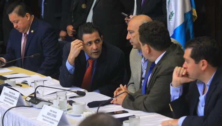 Diputados acordaron en la reunión de jefes de bloque que se retome en el Pleno el antejuicio contra el presidente Jimmy Morales. (Foto Prensa Libre: Álvaro Interiano)