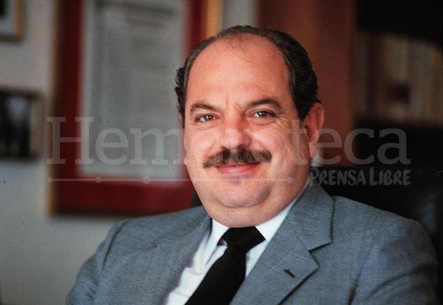 Televisora involucra a Serrano en escándalo en 1993