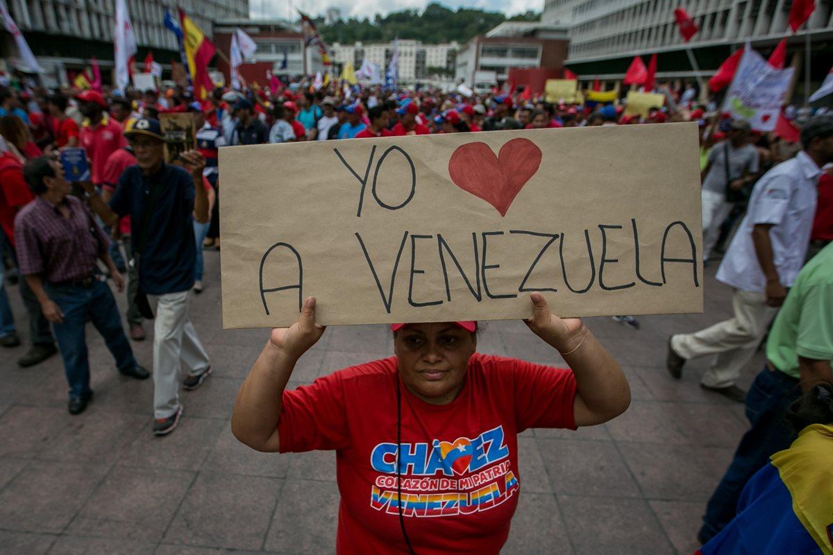 Tensión sube en Venezuela por revocatorio contra Maduro