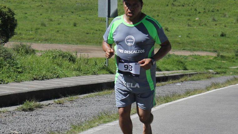 Óscar Obdulio Ordóñez Miranda se caracterizaba porque corría sin zapatos. (Foto Prensa Libre: Cortesía Runners Xela)