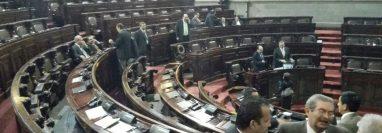 En sesión plenaria, el Congreso aprobó que la iniciativa de ley de reformas a la Ley Electoral sea conocida por la comisión de Asuntos Electorales. (Foto Prensa Libre: Hemeroteca PL)
