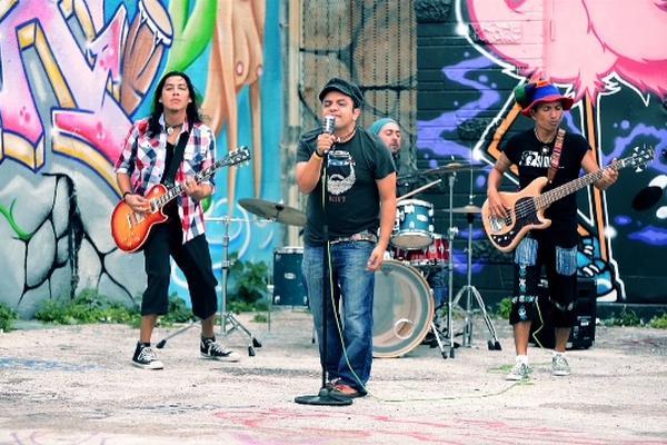 Dicen que, es el nuevo videoclip de la agrupación de rock guatemalteco Viernes Verde. (Foto Prensa Libre: Cortesía Viernes Verde)