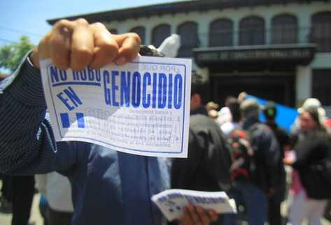 Expatrulleros piden que se libere al general retirado Efraín Ríos Montt. (Foto: Prensa Libre)
