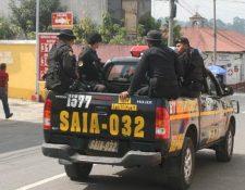 Por única vez los agentes de la PNC recibieron un bono de Q4 mil. (Foto Prensa Libre: Hemeroteca)