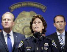 Shelley Zimmerman habla sobre la balacera a la prensa en San Diego, California.(AP)