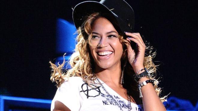 Beyoncé fue premiada por su activismo, feminismo, visión para los negocios y letras de empoderamiento. (GETTY IMAGES)