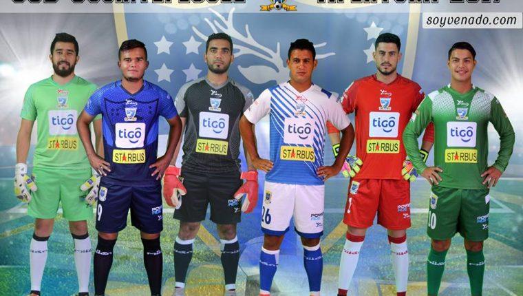 El Gigante del Sur presenta su nueva indumentaria que lucirá en el Apertura 2017 y Clausura 2018 de la Liga Nacional. (Foto Prensa Libre: Cortesía Suchitepéquez).