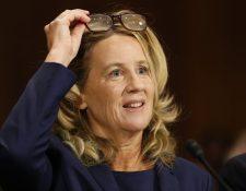 Christine Blasey Ford, una de las presuntas víctimas de abusos por parte del juez nominado al Tribunal Supremo Brett Kavanaugh, durante su comparecencia ante el comité judicial del Senado. (Foto Prensa Libre: EFE)