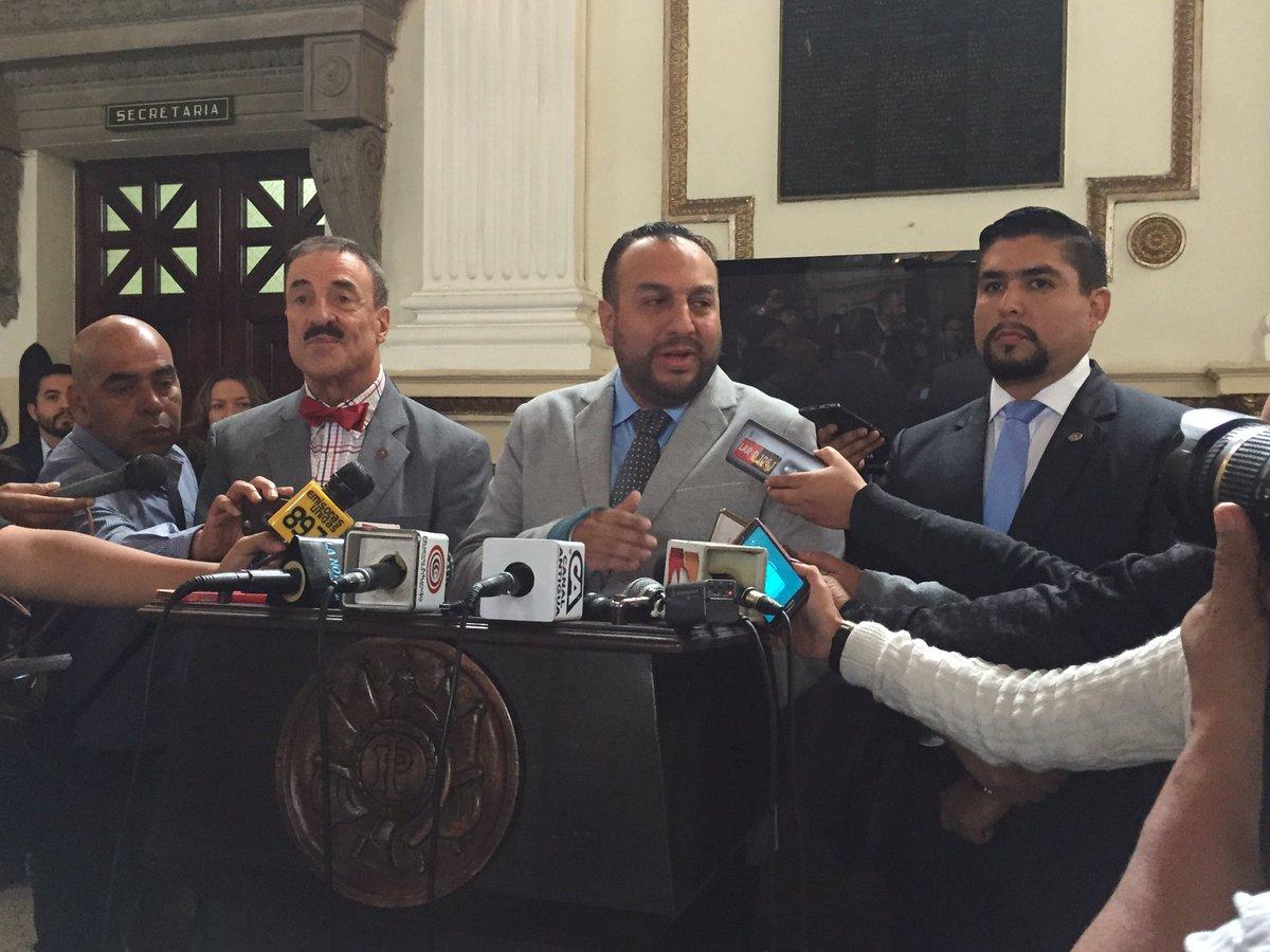 Linares, Regalado y Quintanilla. (Foto Prensa Libre: Dulce Rivera)