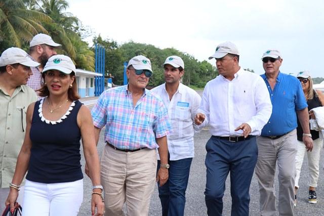 El exitoso empresario dominicano de turismo<em> </em><em>Frank</em><em> </em>Rainieri visitó Izabal