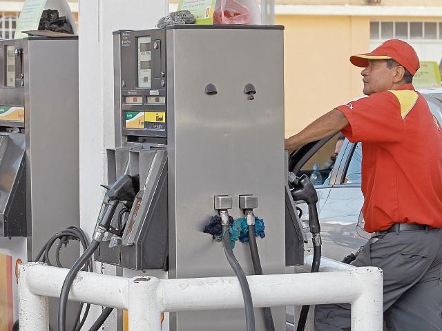 ¿Qué es mejor? Gasolina superior, regular o diésel
