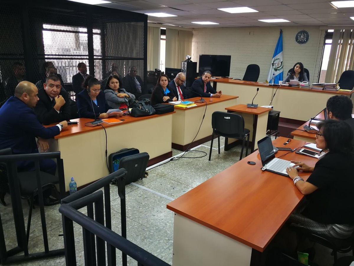 Jueza liga a proceso a varios de los implicados en el caso Caja de Pandora. (Foto Prensa Libre: Paulo Raquec)