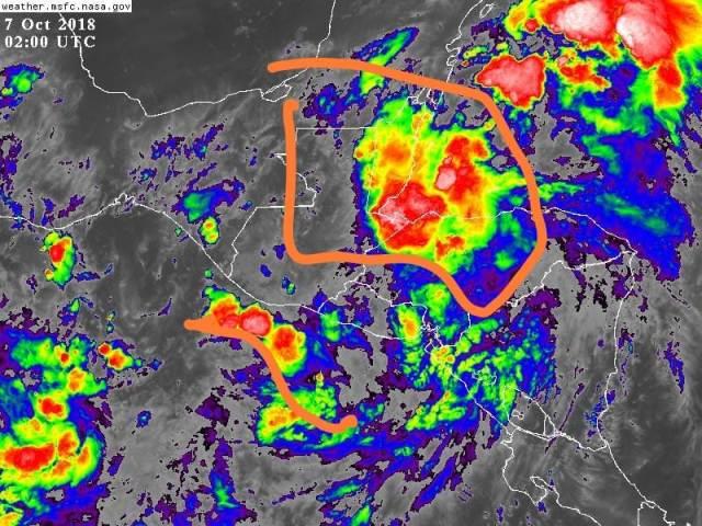 En el mapa satelital se puede observar la acumulación de lluvia sobre los departamentos de Izabal y parte de Petén. (Foto Prensa Libre: Conred)