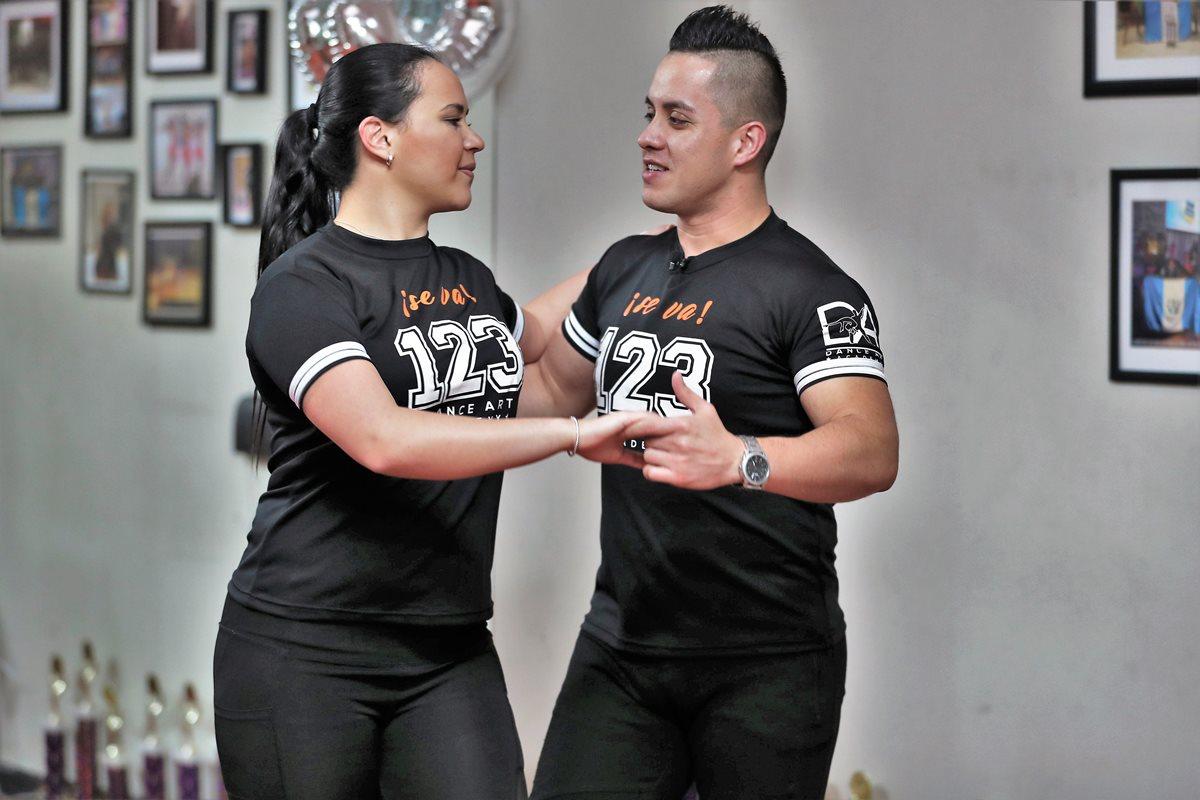 Aprenda a bailar salsa con estos videos