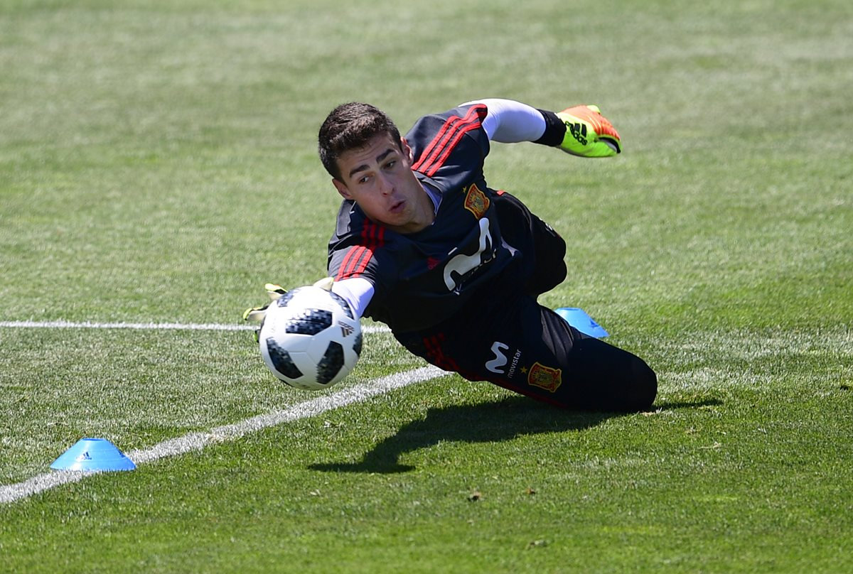 El Chelsea ficha al portero español Kepa Arrizabalaga. (Foto Prensa Libre: AFP)