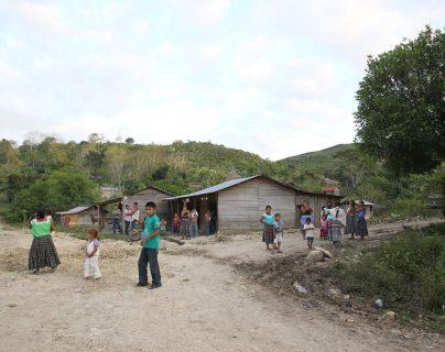 Comunidad guatemalteca en la zona de adyacencia. Tener certeza del territorio es fundamental para alcanzar el desarrollo de los habitantes de esas áreas. (Foto Prensa Libre: Hemeroteca PL)