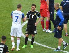 Argentina tuvo un debut para el olvido en Rusia 2018, Lionel Messi falló el penalti que podría haber significado la victoria. (Foto Prensa Libre: AFP)