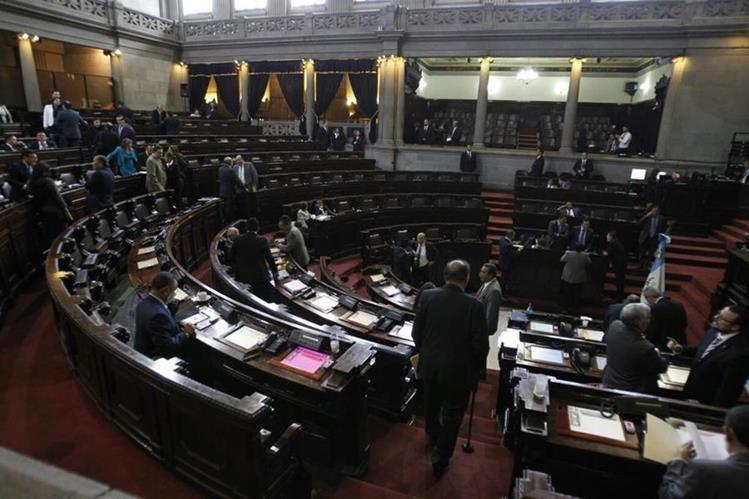 Según un expresidente del Legislativo se prevé un intento de resucitar la práctica del transfuguismo. (Foto Prensa Libre: Hemeroteca PL)