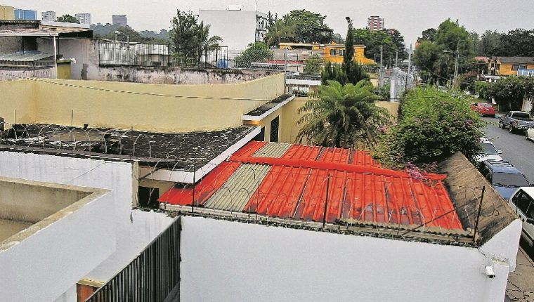 Inmueble donde funciona el anexo del Hogar Seguro Virgen de la Asunción, en la zona 15. (Foto Prensa Libre: Hemeroteca PL).