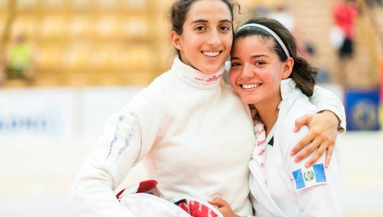 Sofía Cabrera y Sophía Hernández conquistaron el oro el martes en el Campeonato Mundial Junior de pentatlón. (Foto UIPM).