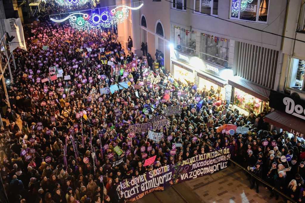 Una masiva protesta se observo en Turquía.
