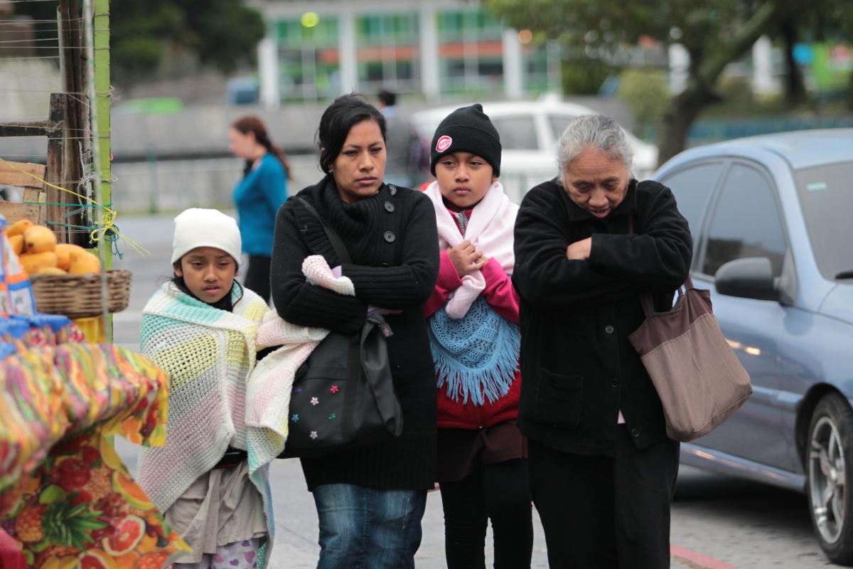 Este fin de semana, las temperaturas descenderán por el paso de un nuevo frente frío. (Foto Prensa Libre: Erick Ávila)