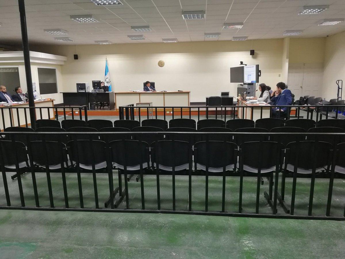 La audiencia de primera declaración continuó en la Megasala. (Foto Prensa Libre: Kenneth Monzón)