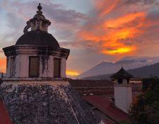 Austin Mann fue el fotógrafo que puso a prueba la poderosa cámara del iPhone X con los bellos paisajes de La Antigua y el Lago de Atitlán. (Foto Prensa Libre: Austin Mann)