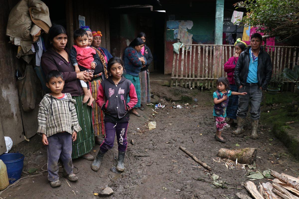 La familia del niño guatemalteco Felipe Gómez Alonzo, quien murió en territorio estadounidense vive en condiciones precarias una comunidad de Nentón, Huehuetenango. (Foto Prensa Libre: Hemeroteca PL)