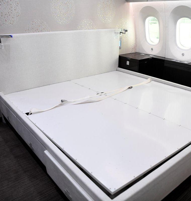 Detalle del interior del avión presidencial. (Foto Prensa Libre: EFE)