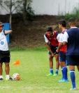 González durante un entrenamiento de la Selección Sub 20 en Proyecto Goal. (Foto Prensa Libre: Hemeroteca PL)
