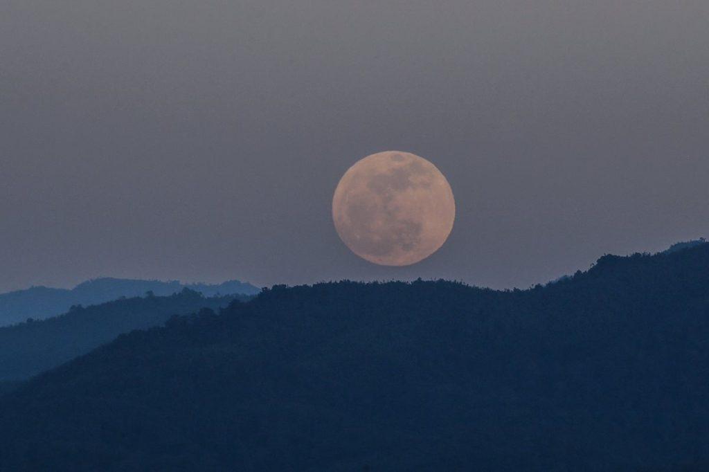 La próxima luna llena se observará el 20 de enero de 2019.