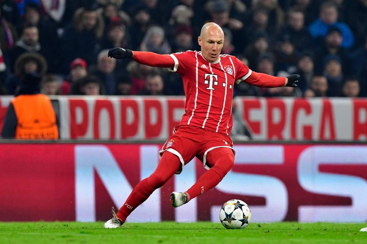 Robben enojado por su suplencia con el Bayern Múnich