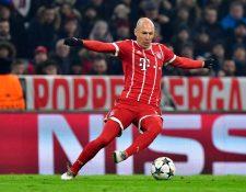 Arjen Robben ingresó antes del descanso al duelo con le Besiktas por la lesión de James Rodríguez. (Foto Prensa Libre: AFP)