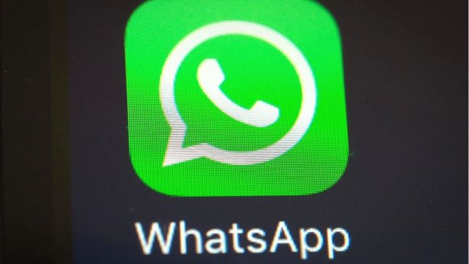 La aplicación real de WhatsApp ha sido descargada más de mil millones de veces desde que fue lanzada en 2009. AFP