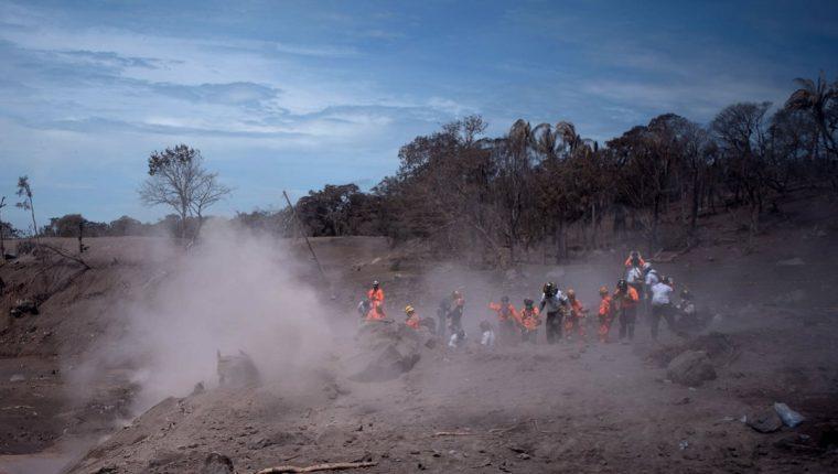 La Cancillería de Guatemala solicitó hoy ayuda internacional, después de transcurridas más de 96 horas de la fuerte erupción del Volcán de Fuego. (Foto Prensa Libre: Hemeroteca PL)