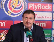 El técnico de Costa Rica, Óscar Ramírez dio a conocer este viernes a los convocados para la hexagonal. (Foto Prensa Libre Twitter Fedefutbol CR)