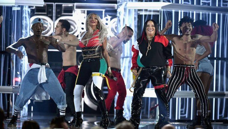 Trío de rap Salt-N-Peppa, de la década de 1990, presentó sus éxitos más famosos en la entrega de los Premios Billboard 2018, en Las Vegas. (Foto Prensa Libre, AFP).