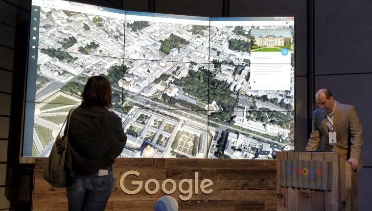 En un evento en Nueva York fue presentada la nueva versión de Google Earth (Foto Prensa Libre: AP).