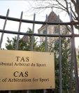 El Tribunal de Arbitraje del Deporte ratificó la sanción de no poder fichar jugadores al Atlético de Madrid. (Foto Prensa Libre: Twitter)