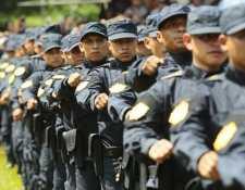 Analistas consideran que los agentes de la PNC se deben regir a los protocolos de actuación policial. Foto Prensa Libre: Hemeroteca.