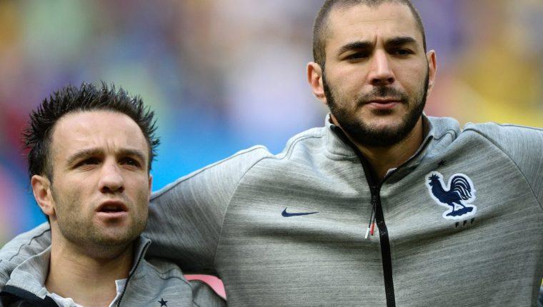 Benzema (derecha)está metido en más problemas, en el caso Valbuena. (Foto Prensa Libre: AFP)